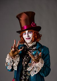 Cosplay-Cover: Young Hatter