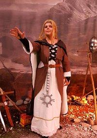 """Cosplay-Cover: Schwester der Zuflucht - """"Might&Magic"""""""