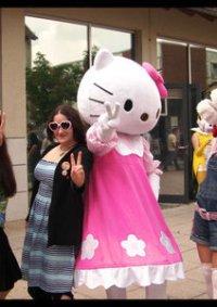 Cosplay-Cover: Hello Kitty (ausgeliehen)