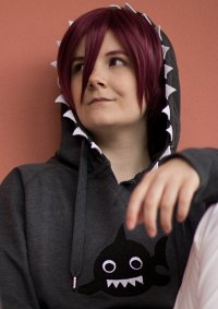 Cosplay-Cover: Rin Matsuoka [Shark Hoodie]