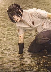 Cosplay-Cover: Uchiha Sasuke (Grey Version)