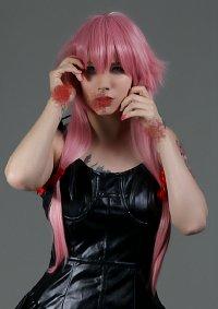 Cosplay-Cover: Yuno Gasai Black Dress