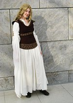 Cosplay-Cover: Eowyn Shieldmaiden