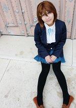 Cosplay-Cover: Yui Hirasawa (Schuluniform)