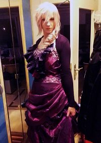 Cosplay-Cover: Lightning (Nachtschatten Outfit)