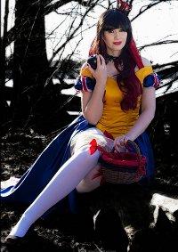 Cosplay-Cover: Dark Snow White