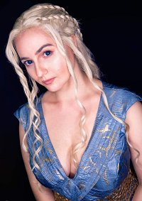 Cosplay-Cover: Daenerys Targaryen (Vanity Fair Photoshoot)