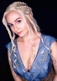 Cosplay-Cover: Daenerys Targaryen (Vanity Fair Photoshoot)