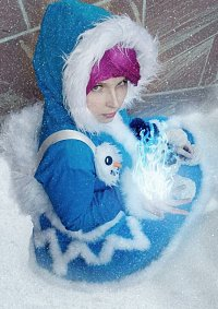 Cosplay-Cover: Frostfire Annie