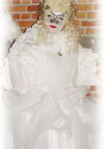Cosplay-Cover: White masquerade