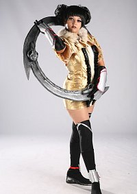 Cosplay-Cover: Tira ~ (Gold)