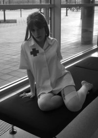 Cosplay-Cover: Asuka Soryu Langley Nurse Version