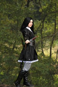 Cosplay-Cover: Alice (Steampunk)