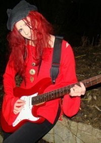 Cosplay-Cover: hide ~ Tell me