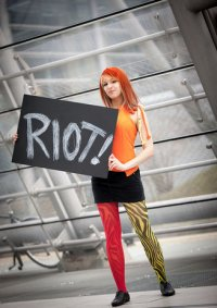Cosplay-Cover: Hayley Williams - Misery Business「Paramore」