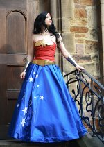 Cosplay-Cover: Wonder Woman Evening Dress