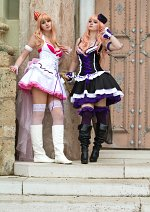 Cosplay-Cover: Sheryl Nome [black dress/CD Cover]