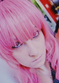 Cosplay-Cover: Luka //Magnet//