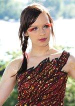 Cosplay-Cover: Katniss Everdeen [74th Games Interview Dress]