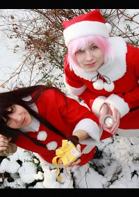 Cosplay-Cover: Yûri Lowell (Weihnachtsversion)