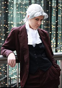 Cosplay-Cover: Edgeworth Miles
