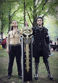 Cosplay-Cover: Gladiolus Amicitia (Oberkörperfreie Version)