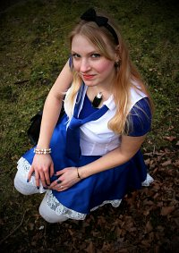 Cosplay-Cover: Alice (High School Outfit)