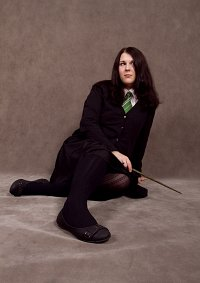 Cosplay-Cover: Pansy Parkinson (Hogwarts Schooldress)