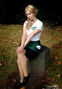 Cosplay-Cover: Sookie Stackhouse ~ Merlotte's Uniform