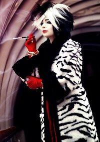 Cosplay-Cover: Cruella De Vil - 101 Dalmatians