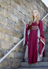 Cosplay-Cover: Cersei Lannister (red dress)