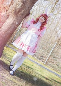 Cosplay-Cover: rosa Bunny-Maid
