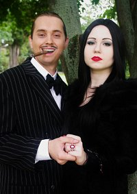 Cosplay-Cover: Morticia Addams
