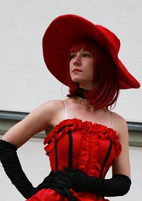 Cosplay-Cover: Madame Red (Ballversion)