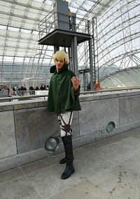 Cosplay-Cover: Mika AOT