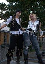 Cosplay-Cover: HITT - Kakkotsukeman Tour 2009 Live Outfit