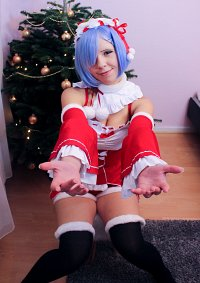 Cosplay-Cover: Rem [Christmas]