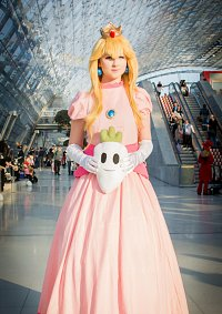 Cosplay-Cover: Princess Peach