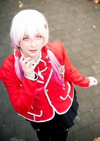 Cosplay-Cover: Inori (Schuluniform)