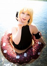 Cosplay-Cover: Saber Alter - Beach Queen