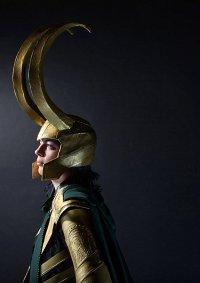 Cosplay-Cover: Loki Laufeyson [Armor Version]