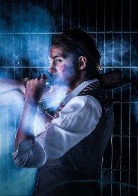 Cosplay-Cover: Sebastian Castellanos