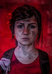 Cosplay-Cover: Ellie