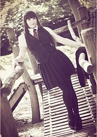 Cosplay-Cover: Schuluniform ~ Weste & Kravatte ~ Juni 2013