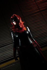 Cosplay-Cover: Batwoman (Kate Kane)
