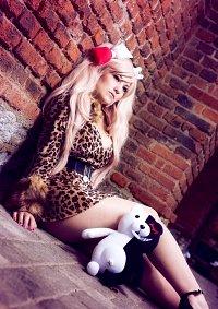 Cosplay-Cover: Junko Enoshima {Leo Dress}