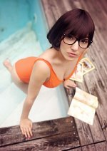 Cosplay-Cover: Velma (Pool Party)