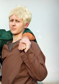 Cosplay-Cover: Reiner Braun [Trainee Camp]