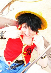 Cosplay-Cover: Luffy Default Costume
