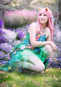 Cosplay-Cover: Fluttershy ( Butterfly Cupcake)